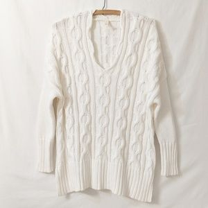 Comfy Wishlist Cream cable sweater Sz S/M